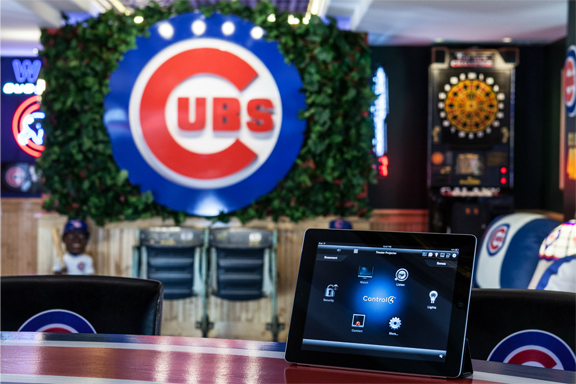THE ULTIMATE FAN CAVE: chicago, illinois, smart-home-stories,