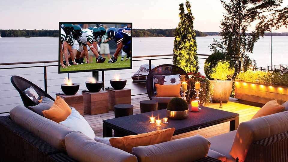 AVOID HAZARDS, USE TECH DESIGNED FOR THE OUTDOORS: entertaining, entertaining outdoors, outdoor, outdoor audio, outdoor tv, virtualc4yourself,