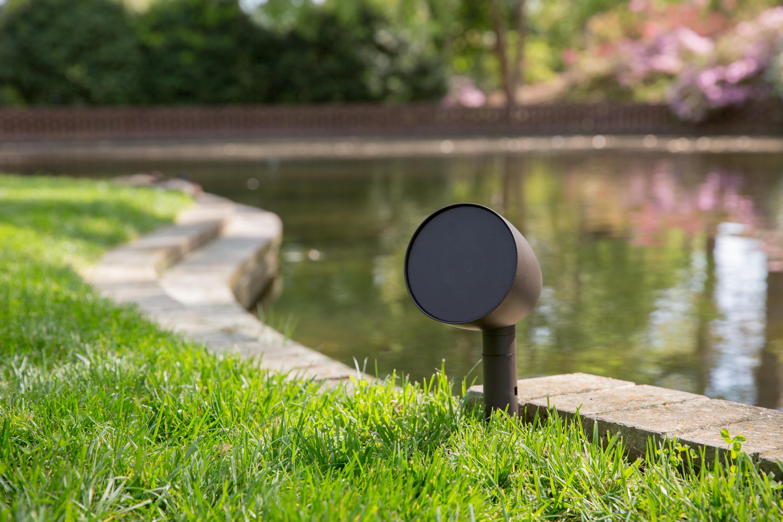 Аудио система за двора