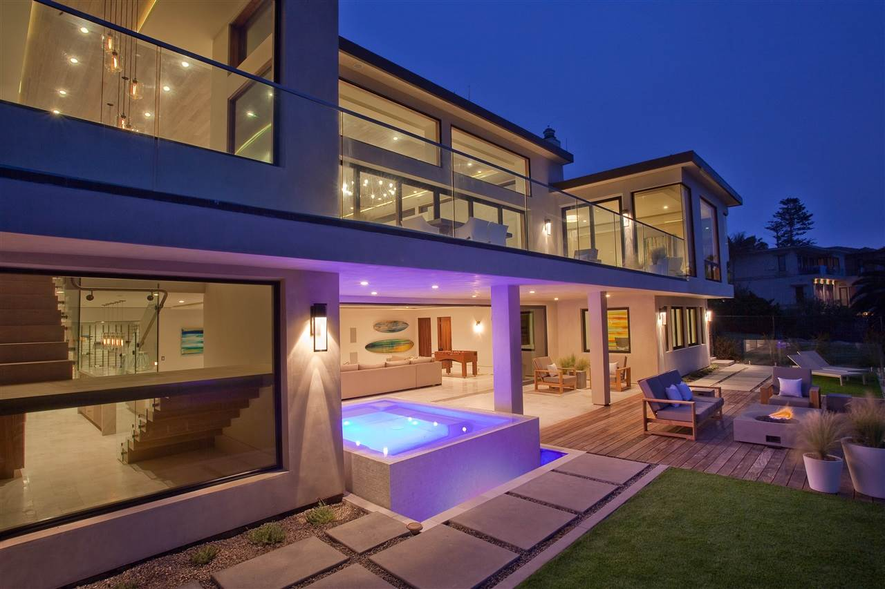 SPEC MEETS SMARTS: california, los-angeles, smart-home-stories,